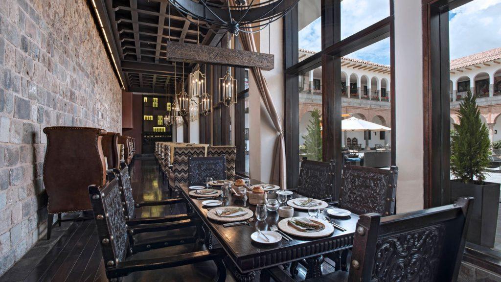 Área de Jantar do Qespi Restaurant, no Hotel JW Marriott El Convento