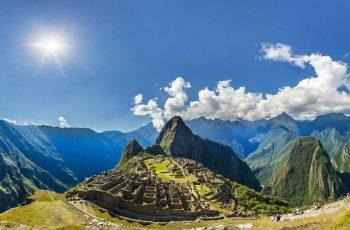 Exposição fotográfica sobre Machu Picchu, no Paraná