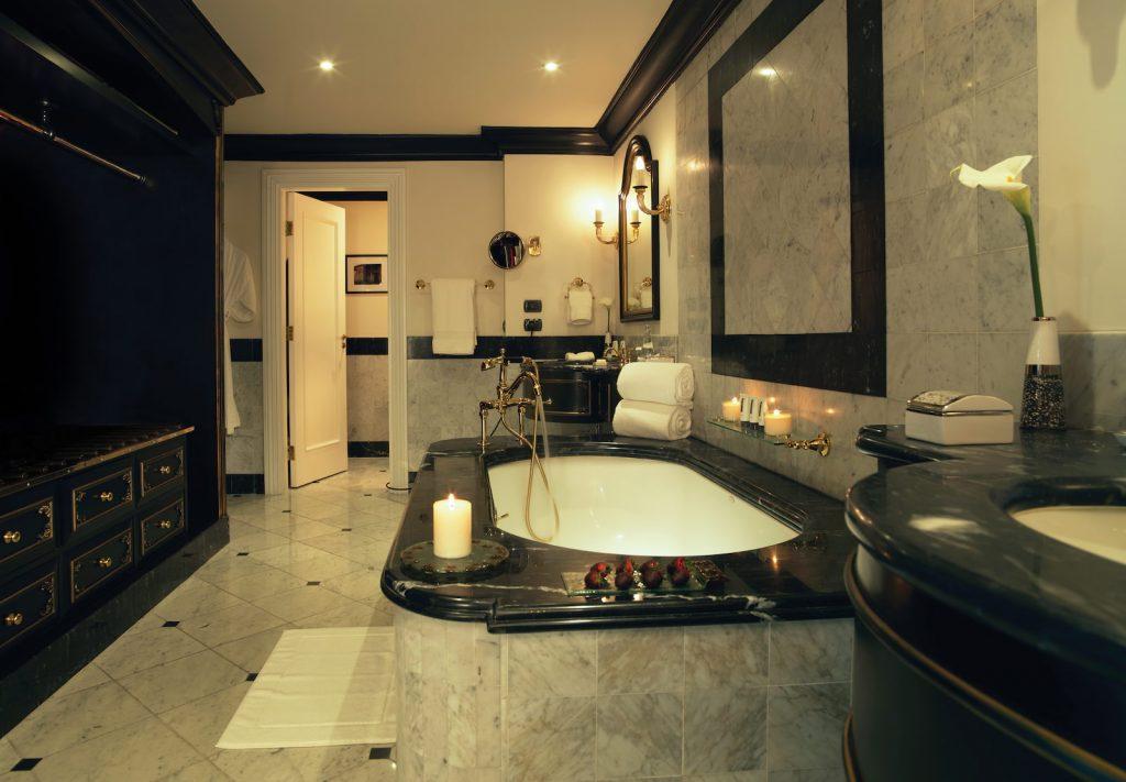 Banheiro da Suíte Terrace One Bedroom, Belmond Miraflores Lima