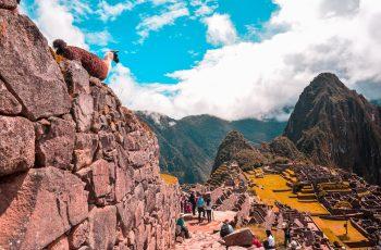 Aguas Calientes: conheça a cidade mais próxima de Machu Picchu